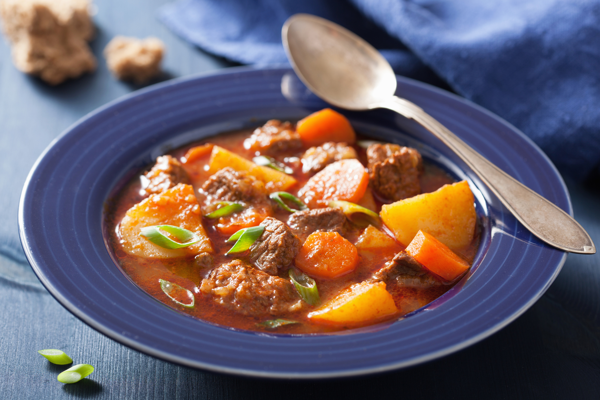 beef-stew-with-carrots-and-potatoes-on-a-plate