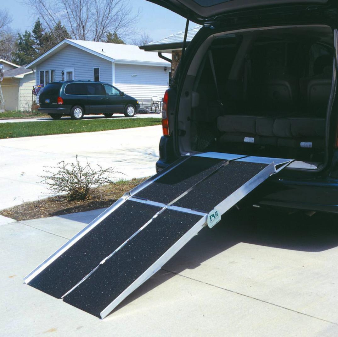 PVI-utility-ramp-against-an-open-car-boot